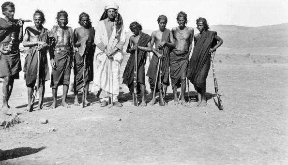 foto della spedizione scattata nel 1930 da Betram Thomas